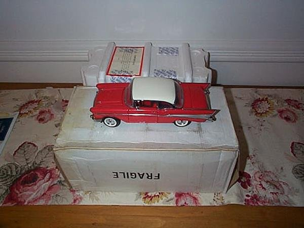 2: Franklin Mint Precision Model 1957 Chevy BelAir, 1:2