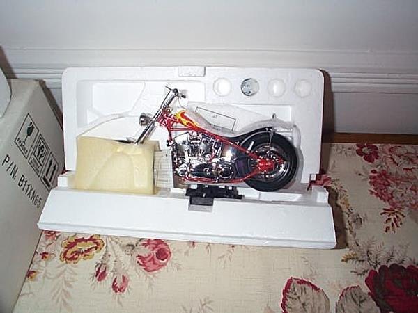 22: Franklin Mint Precision Model Harley Davidson The B