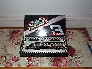 RCR Racing Goodwrench Dale Earnhardt #3 Tractor tra