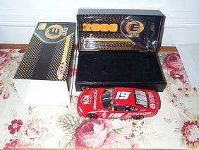 RCCA Elite Collectible #19 Dodge Show Car 2000 Intr