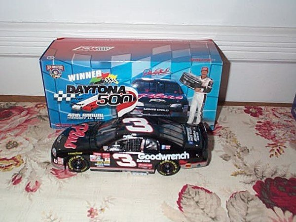 202: Action Racing Collectibles, Dale Earnhardt #3 Good