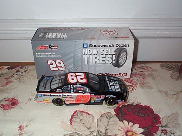 203: Action Racing Collectibles, Kevin Harvick #29 GM G