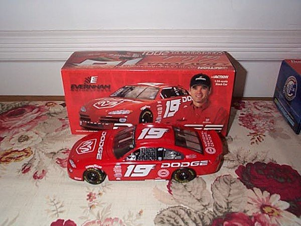 210: Action Racing Collectibles, #19 Dodge Show Car, 20