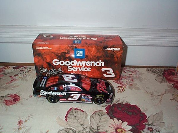211: Action Racing Collectibles, Dale Earnhardt #3 GM G