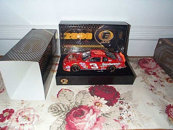 242: RCCA Elite Racing Collectibles Dale Earnhardt #3 G