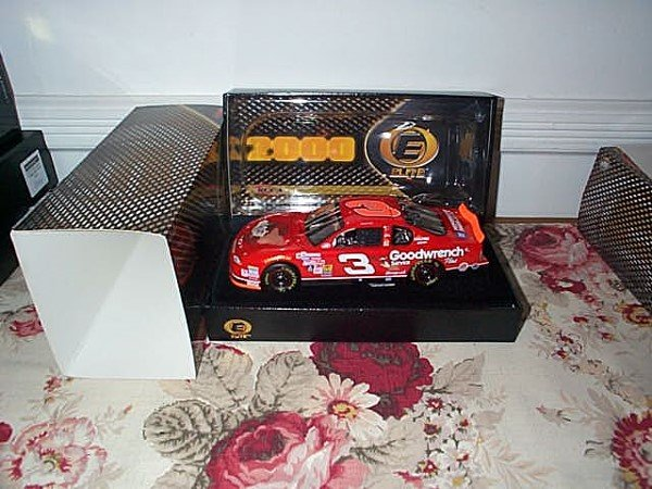 243: RCCA Elite Racing Collectibles Dale Earnhardt #3 G