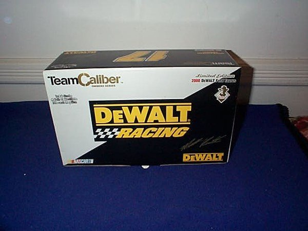 255: Team Caliber, Inc. Racing Collectibles 2000 DeWalt