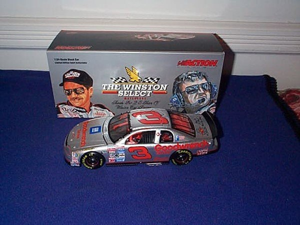 256: Action Racing Collectibles - Bank - Platinum Serie