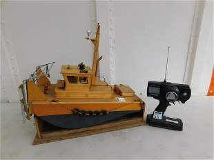 RC Custom Made Wooden Tugboat with Engine Speed