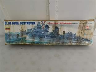 Lindberg Blue Devil Destroyer 3 Foot Motorized Boat