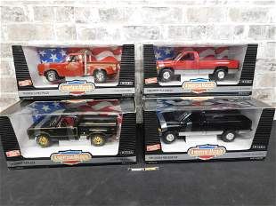 Lot of 4 American Muscle Dodge 1:18 Scale Die-Cast Cars