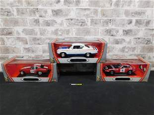 Lot of 3 Road Signature 1:18 Scale Die-Cast Cars