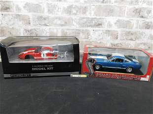 Lot of 2 1:18 Scale Ford Car and Model Kit
