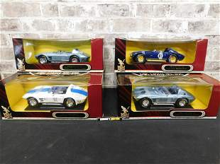 Lot of 4 Road Signature Corvette Die-Cast Cars