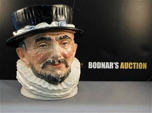 Royal Doulton Beefeater Character Jug - White Collar -