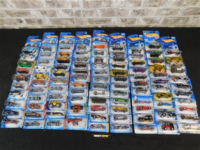 Lot of 100 Carded Hot Wheels Cars