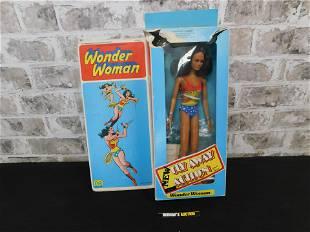 Mego Wonder Woman Figure