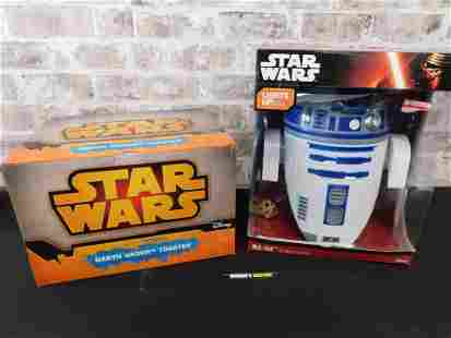 Lot of 2 Star Wars Items - Toaster and Deco Light