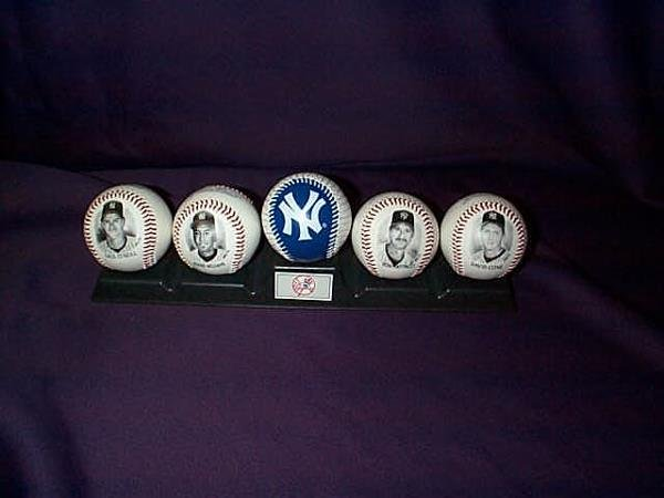 1: Grouping of 5 collectible baseballs featuring the NY