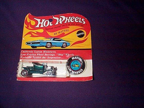"19: Hot Wheels Redline Car ""Hot Heat"" Mint on card with"