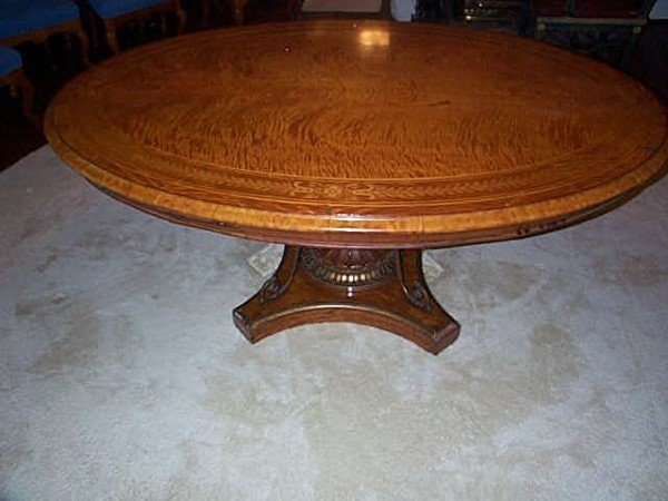 1115: Early 19th C. Oval French Satinwood Marquetry Din