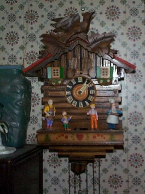 7: Kuner German Coo-Coo clock marked Germany on face of