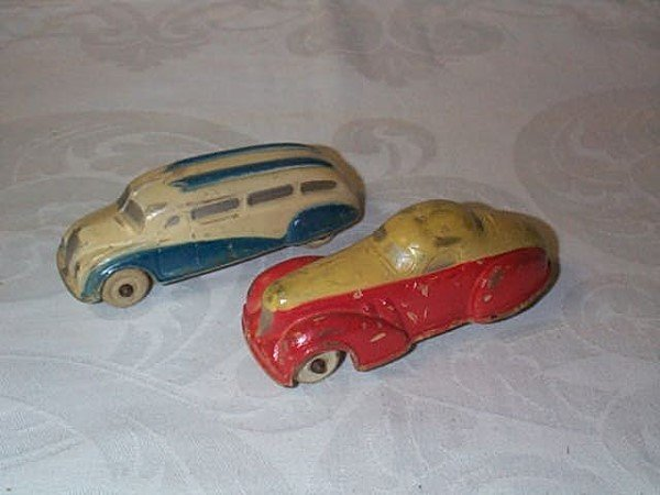 421: Lot of 2 Sun Rubber Company Toy Car Vehicles, meas