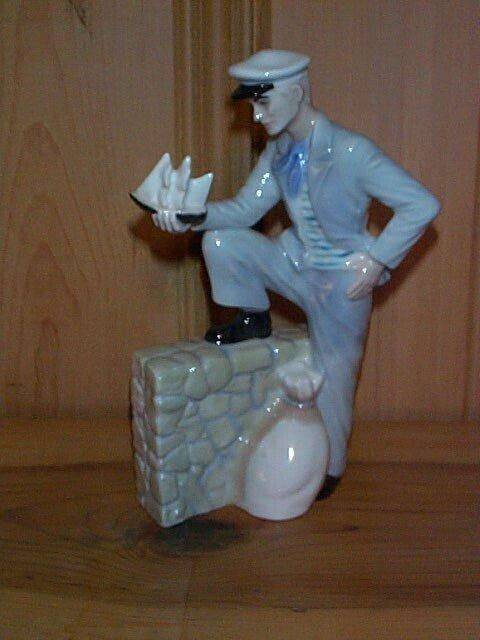 9: Royal Doulton figurine Travelers Tale HN 3185, Royal