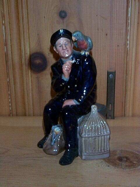 11: Royal Doulton figurine Shore Leave, HN 2254, measur