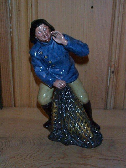 14: Royal Doulton figurine Sea Harvest HN 2257, measure