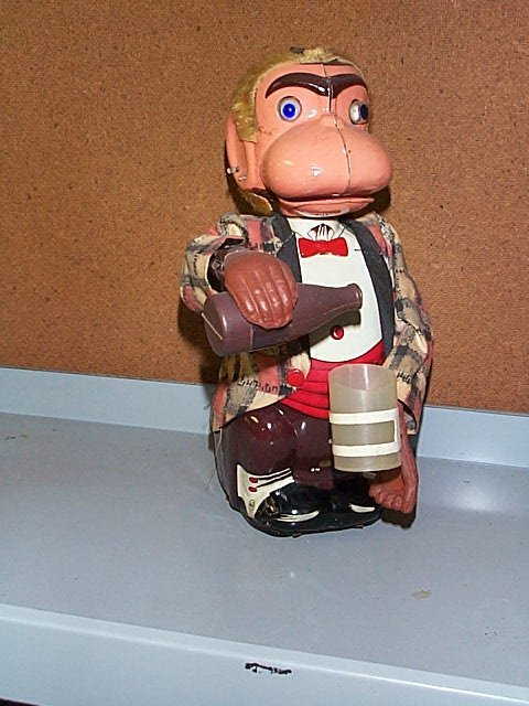 1507: Mar Line Toys Battery Operated Drinking Monkey. B