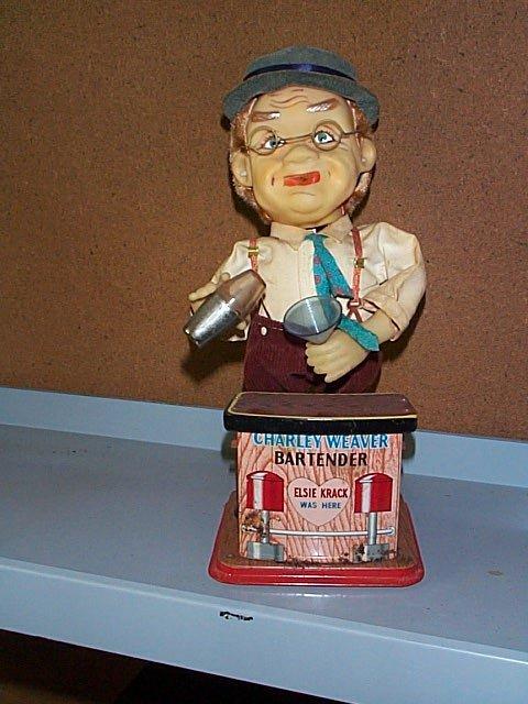1515: Charlie Weaver Bartender Battery Operated Toy. Ha