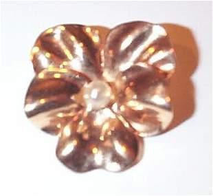 14K Pearl Flower Pin