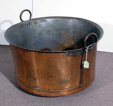 35: LARGE POLISHED COPPER CAULDRON, late 19th century,