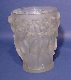 570A: R. LALIQUE ART GLASS VASE, ''Baccantes'', circa 1