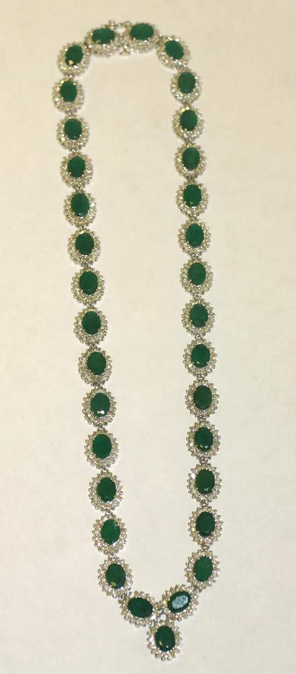 1177: 14 KT. WHITE GOLD, DIAMOND AND EMERALD NECKLACE