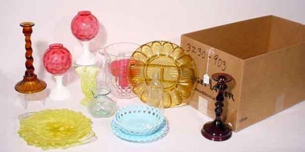 1008: MISCELLANEOUS LOT OF ANTIQUE GLASSWARE, includes