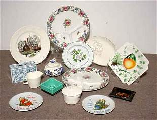 BOX OF DECORATED CERMAIC AND CHINA PLATES