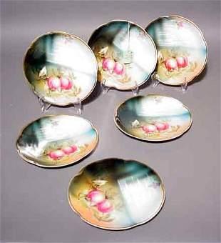1V: SET OF SIX BAVARIAN CHINA FRUIT DECORATED PLATES, w