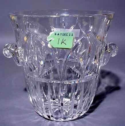 2001K: CUT CRYSTAL WINE COOLER, of tapering design, wit