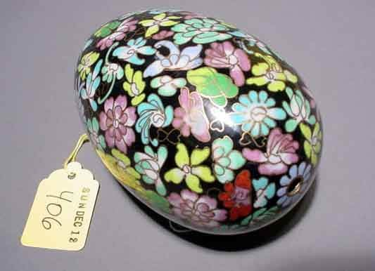 406: CHINESE CLOISONNE EGG, having floral decorations;