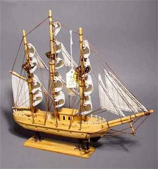 795: HAND CRAFTED SCALE MODEL OF THE ''MAYFLOWER'', ful