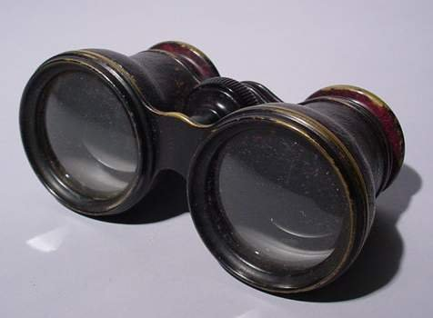 17: PAIR OF CLAIRMONT, NY LEATHER ENCASED OPERA GLASSES