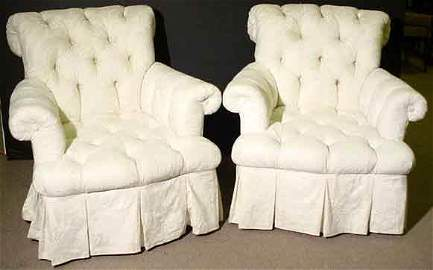 453: PAIR OF FULLY UPHOLSTERED LOUNGE CHAIRS, having tu