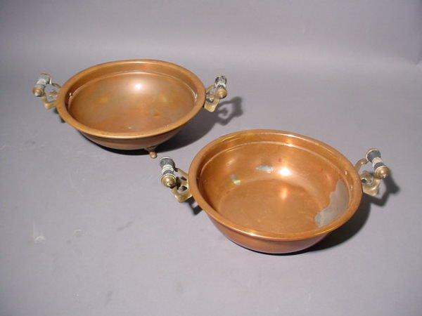 1414A: LOT OF TWO COPPER BOWLS, one footed, both with a
