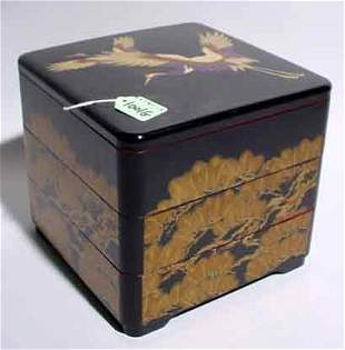 JAPANESE LACQUER DECORATED THREE-SECTION SQUARE