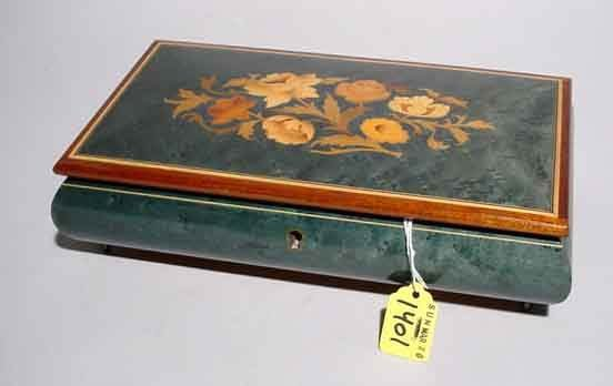 1401: FLORAL MARQUETRY INLAID HINGED JEWELRY BOX WITH M