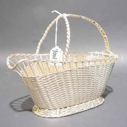 1001H: HANDCRAFTED SILVERPLATED BASKETWEAVE WINE BOTTLE