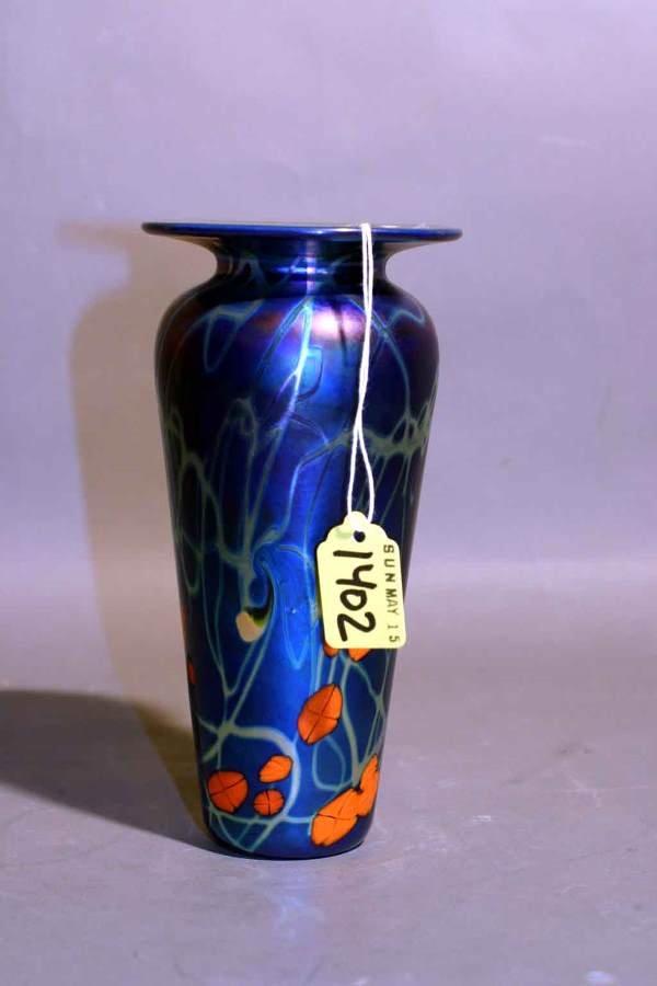 1402: MULTI-COLORED IRIDESCENT FAVRILLE GLASS VASE, in