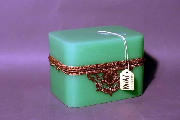 1414A: GREEN OPALINE GLASS BRONZE MOUNTED HINGED BOX, e